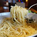 マイアミヴィッラ - ツナと大根おろしの醤油ソース 1000円 + 大盛麺1.5倍 130円