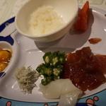 セイルフィッシュ カフェ - 海鮮丼ができるのはいいね。