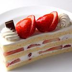 ブーランジェリー ブルディガラ - ショートケーキ