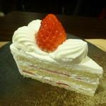 ジャンヌダルクカフェ - ショートケーキ