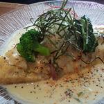 日光くじら食堂 - 香ばしの炙りチーズのせオムライス