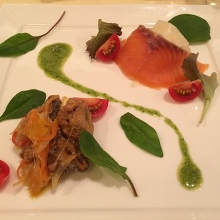 ランコントル - 料理写真:スモークサーモンと牡蠣のエスカベッシュ