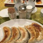 山海楼 - 焼餃子