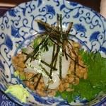 あいちゃん - イカ納豆