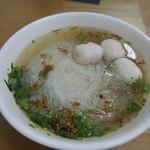 嘉筵小吃店 - 料理写真:魚丸湯加+米粉