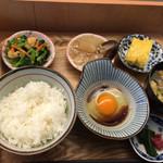 浅めし食堂 - 一汁三菜 卵かけご飯