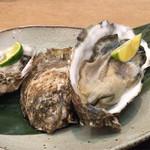 ふじ本 - 昆布森&厚岸4年もの生牡蠣