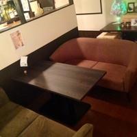 大人気のソファ席
