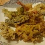 天ぷら ゆずや - 料理写真:天ぷら盛り合わせ