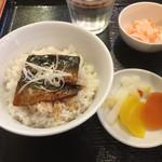 徳丸レストラン - 鰯蒲焼き丼アップ(^^)