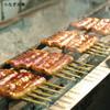 うなぎ 川勢 - 料理写真:備長炭でじっくりと