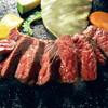 焼肉厨房 わきもと - 料理写真:赤身ステーキは桜島の溶岩焼きで焼きながら召し上がっていただきます。