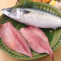 天然物と鮮度にこだわった、市場直送の新鮮なお魚