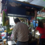 迪化街金桔檸檬 - 次々と、お客さんが列をなします。