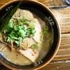 きまぐれ八兵衛 - 料理写真:伝説の塩豚骨