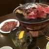 牛繁 - 料理写真:ニンニクホイル焼。ハラミ。ロース。ハイボール