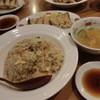 珉珉 - 料理写真:やきめしと餃子のセットは\700である。