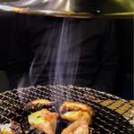 焼肉とワイン 李苑 - 煙の吸い取りもよく、お店全体の換気もよいです。