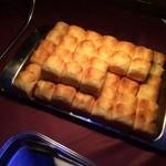カラオケ パセラ - 追いコン二次会★ このパン、ふわふわでバターの香りがほわほわ♡