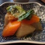 月桃庵 - 冬瓜,人参などの煮つけ