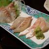 魚舞 - 料理写真:ぶりぶりコリコリのマダカ刺身