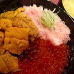 若狭家 - 雲丹いくらネギトロ丼DX ¥1980 味噌汁 ¥80
