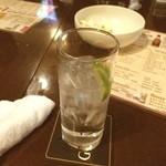 WATERLOO - 二次会で一杯。