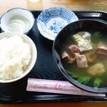 佐久田パーラー - ヤギ汁食べ放題(もちろん定食になってます)