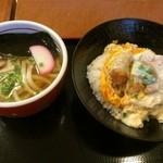 神戸カツ丼 一どん - 料理写真:ミニかつ丼セット 780円