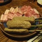 33702219 - 鴨つくね、厚切りベーコン、豚トロ