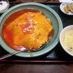 龍記 - カニと玉子あんかけ飯              (650円)