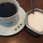 Cafe倫敦館 - ドリンク写真:シュガー入れも年代物♬