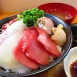 地魚・定食 祥天丸漁業 - 地魚だけの海鮮丼