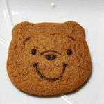 3384900 - ベリータ(プーさん)。。。2010年の新商品でしょうか?硬めで薄いクッキーみたいな感じです。1枚157円。
