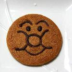 3384901 - ベリータ(アンパンマン)。。。2010年の新商品でしょうか?硬めで薄いクッキーみたいな感じです。1枚157円。
