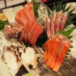魚真 新宿店