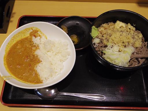 https://tabelog.ssl.k-img.com/restaurant/images/Rvw/33860/33860143.jpg