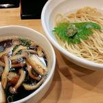 33861575 - 大和肉鶏蒸篭風つけ麺2014