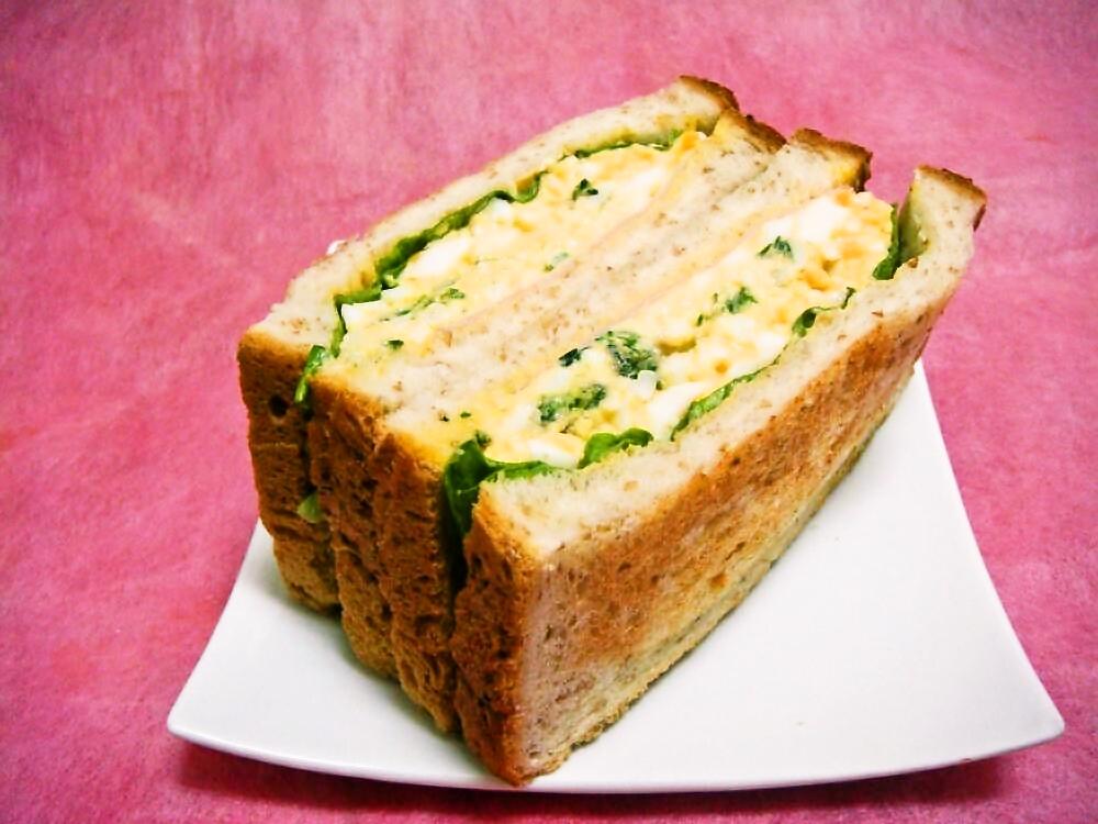 Dai's Deli & Sandwiches