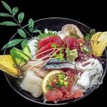 33883456 - 地魚海鮮丼