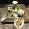 湖山亭うぶや - 料理写真:食前酒(甲州ワイン)と前菜