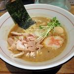 麺と心 7 - 焼き味噌仕立ての鯛白湯ラーメン