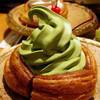 甘味喫茶 おかげ庵 - 料理写真:ミニシロノワールバニラ490円・「おかげ庵」限定抹茶490円