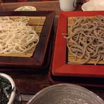 33920685 - 左がせいろ、右がさと。どちらも個性豊かで、美味しゅう御座いました。日本酒のツマミに笑