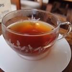 いちゃりば - ホットの紅茶