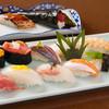 入船鮨 - 料理写真:熟練職人がおすすめする『板さんおまかせにぎり』