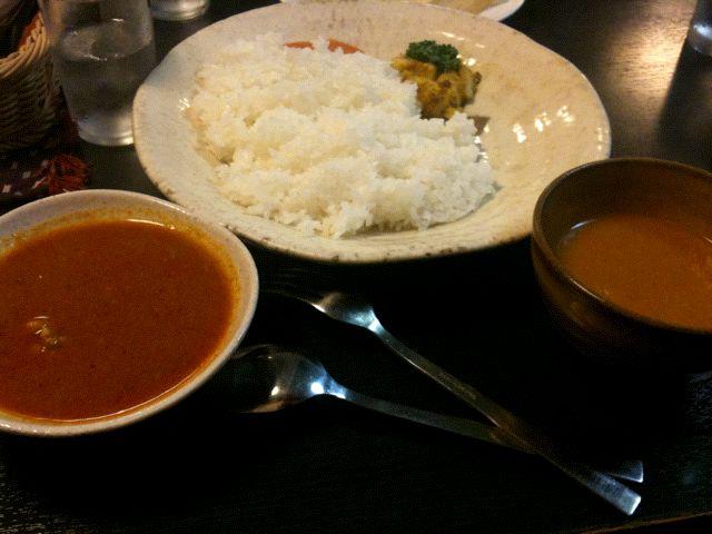 ネパール家庭料理 ホワイトヒマラヤ