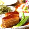 菜美ら - 料理写真:【とろとろラフテー】6時間かけじっくり煮込んだ豚肉は絶品。沖縄のビールで有名なオリオンビールは爽快な喉ごしです♪