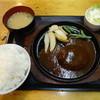 ビービー - 料理写真:ハンバーグ定食 800円
