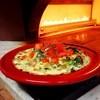 Madeni - 料理写真:熱々!窯焼きグラタンパスタ(チキン・木の子・ちぢみほうれん草のチーズクリームパスタ)